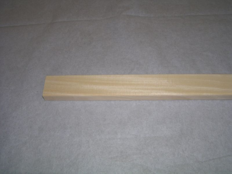 Abachi saunová lišta 28x60mm surová