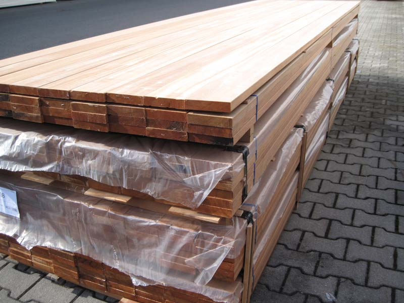 bangkirai terasový decking 25 x 120 mm/ 2,440 m