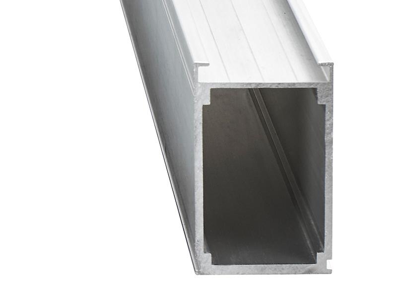 Střední konstrukční profil 60 x 100 mm, 4 m délka